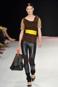 site oficial Fashion Rio)