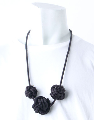 Lanyard triple knot necklace